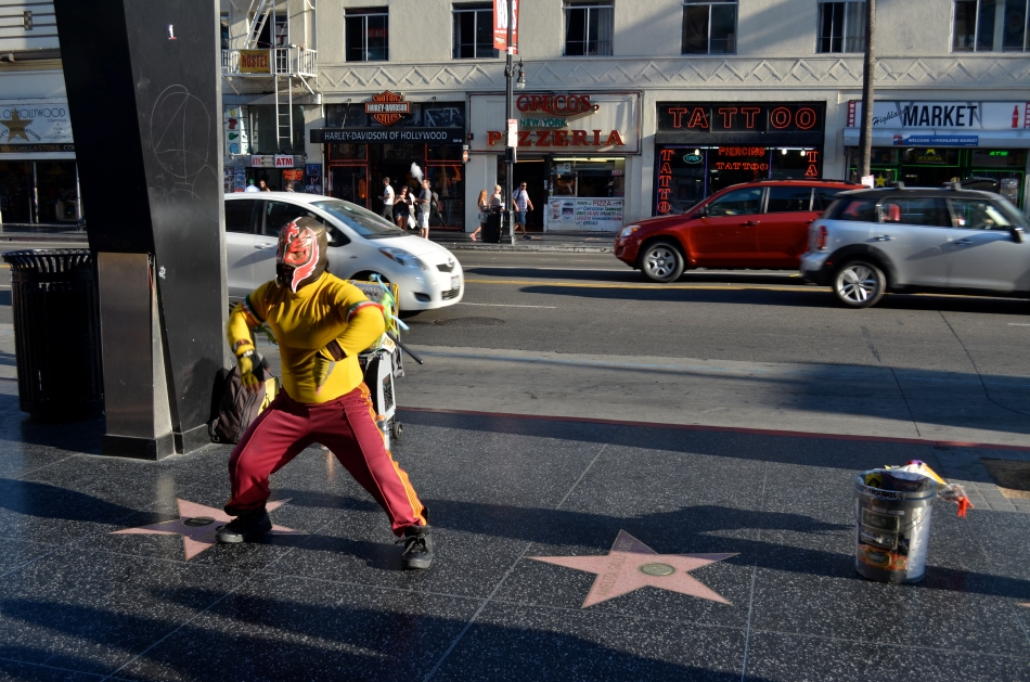 Hollywood Swinging, freestyle: 1/125 sec., f/5.6, ISO 100, 24mm.