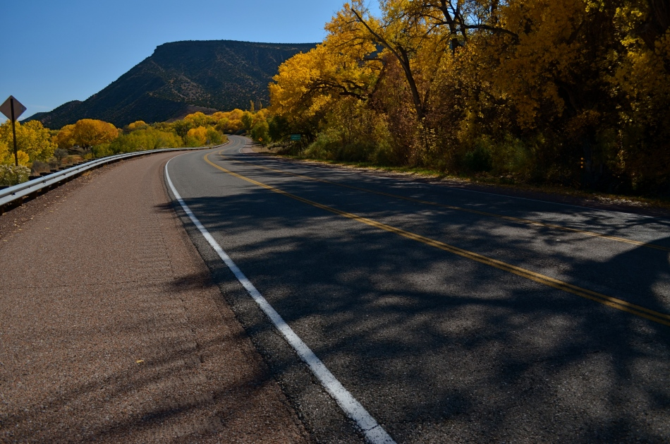 The southwest U.S. does autumn on the soft pedal.