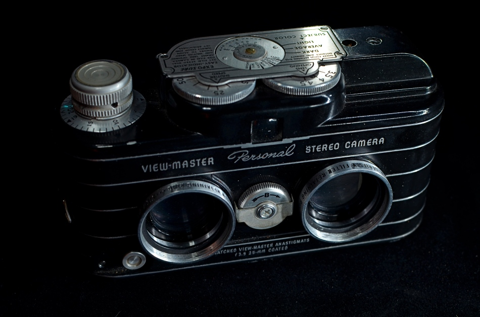 The only consumer camera designed to create personal View-Master reels. 15 sec., f/5.6, ISO 100, 35mm.