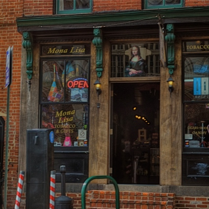 Mona Lisa Smoke Shop, Washington D.C., 2013.