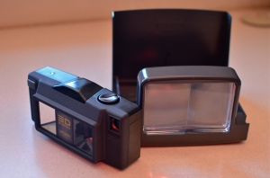 The (somewhat less than) MIghty Argus 3D film camera of the late '90's. shown here with its print viewer. Jealous?